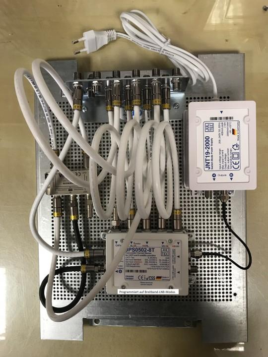 JultecJPS0502-8T_Breitband-LNB_Modus_Verteilung_Aufbau-Lochblechplatte.jpg