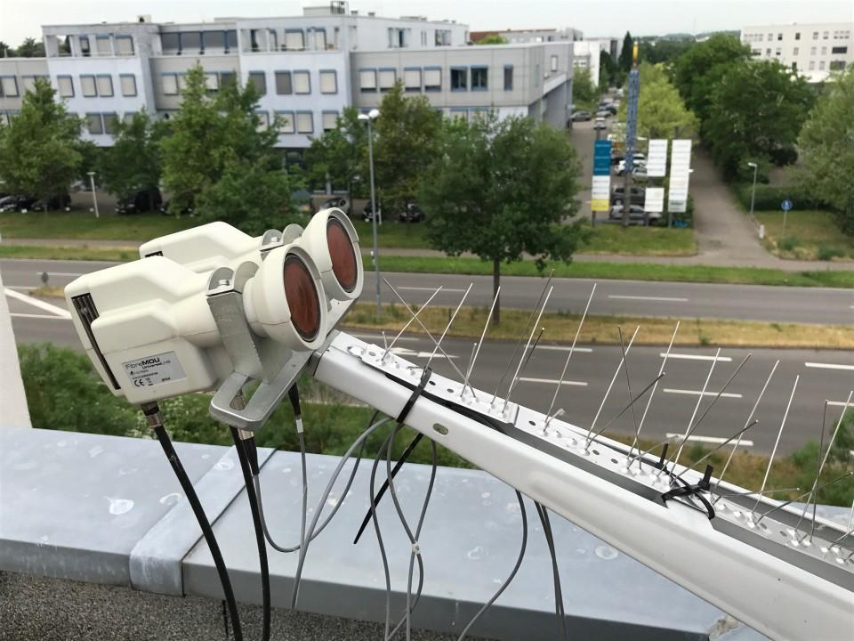 Satanlage_Optisch_4_Satelliten_Polytron-Kopfstation_DVB-C_Umwandlung11.JPG