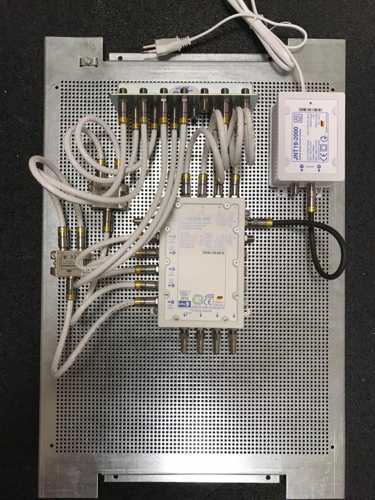 JultecJPS0506-8M_Lochblechplatte_60x40cm_Potentialausgleich-Verteilung_Verteiler (1).jpg