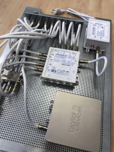 JultecJPS0504-8T_Breitband-LNB-Unicable_EN50494_Versorgung_Lochblech_Potentialausgleich_Verteilung_Sat-IP-Einspeisung (2)