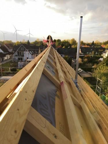 Dachsparrenhalter_Dur-Line_Herkules_S48-1300_nordseite_Dach_ueber-First-6.jpg