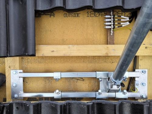 S48-1300_Dachsparrenhalter_Herkules_Dur-Line_Montage_Ziegel_1.jpg