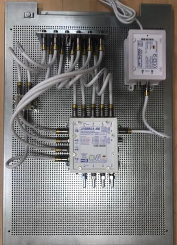 JultecJRS0504-4M_Verteiler_Lochblechplatte-Potentialausgleich_Kaskadenversion (2).jpg