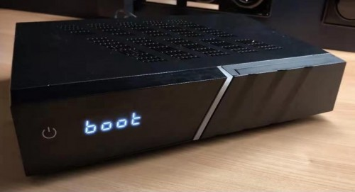 AX-4K-BOX-HD61-UHD-2160p-E2-Linux-Receiver-mit-Sat-DVB-S2x-DVB-C_DVB-T2_Tunern (1).jpg