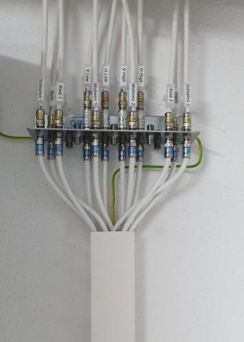 SAT-Anlage Erdungsblock 1_2.jpg
