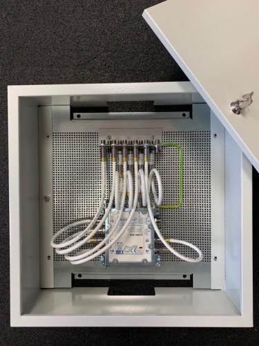 JultecJRS0502-4+4T_Unicable-Multischalter-Schaltschrank-Aufbau_2.jpg