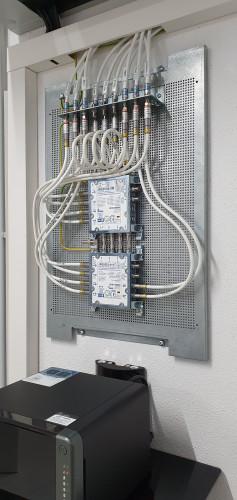 JRS504-4M + JRS502-4+4T