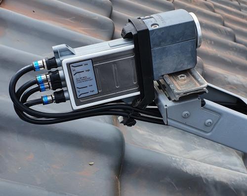 LNB UAS584 mit Cabelcon F-6-TD 5.1 NI True Drop Stecker