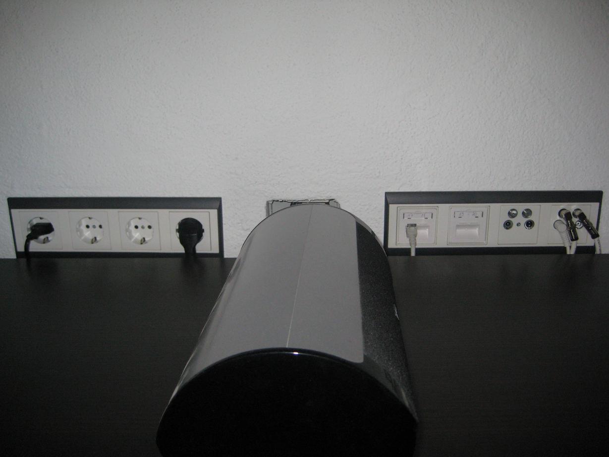 Wohnzimmer_2x4-Loch_Dose.jpg