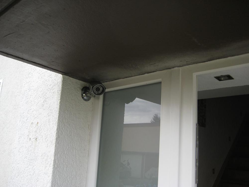 Videoüberwachnungskamera_vor_Haustür_Modulator_Tonübertragung.JPG