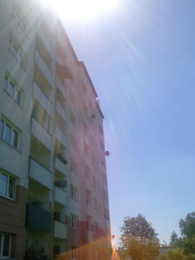 Hausfront_Sicht_Antennen_Ausrichtung.jpg
