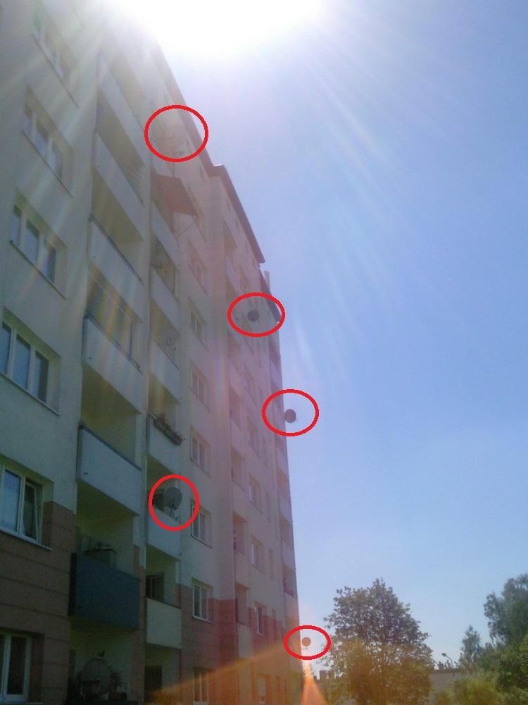Hausfront_Sicht_Antennen_Ausrichtung_Edit.jpg