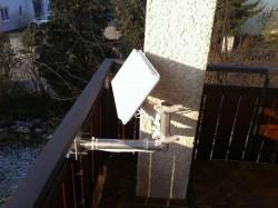 Selfsat-Antenen_Balkon-Halter_Befestigung-nach-innen (2).JPG