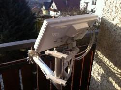 Selfsat-Antenen_Balkon-Halter_Befestigung-nach-innen (6).JPG