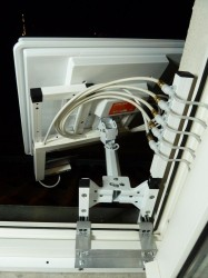 sat.hdtv_flat_antenna.mini_headend.09.jpg