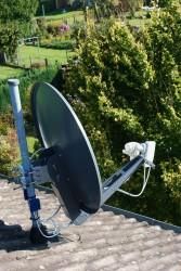 GibertiniOP85SE_Mastmontage_Dach_Antennenmast.jpg