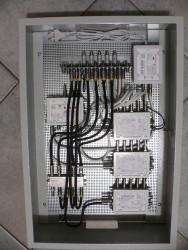 Jultec_JPS0501-8_kaskadiert_JAP-Antennendosen_terrestrische-Einspeisung_Schaltschrank-Potentialausgleich.JPG