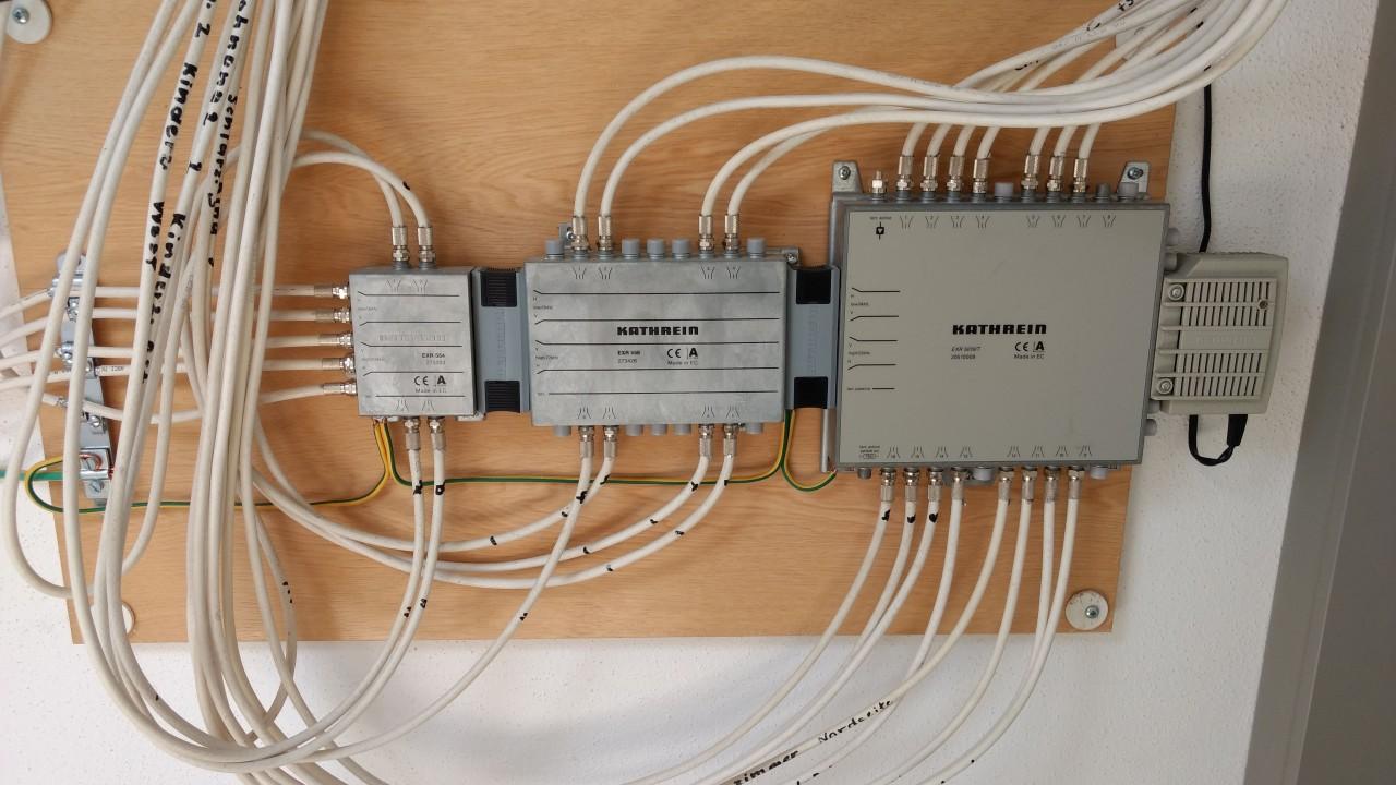 Kathrein_EXR 554-EXR 558-EXR 5016-T-Unicable EN50494-Erweiterung_1.jpg