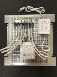 Jultec_JPS0502-8+4T_Lochblechplatte_Potentialausgleich_JNT19-2000-Netzteil_Ueberspannungsschutz (1).JPG